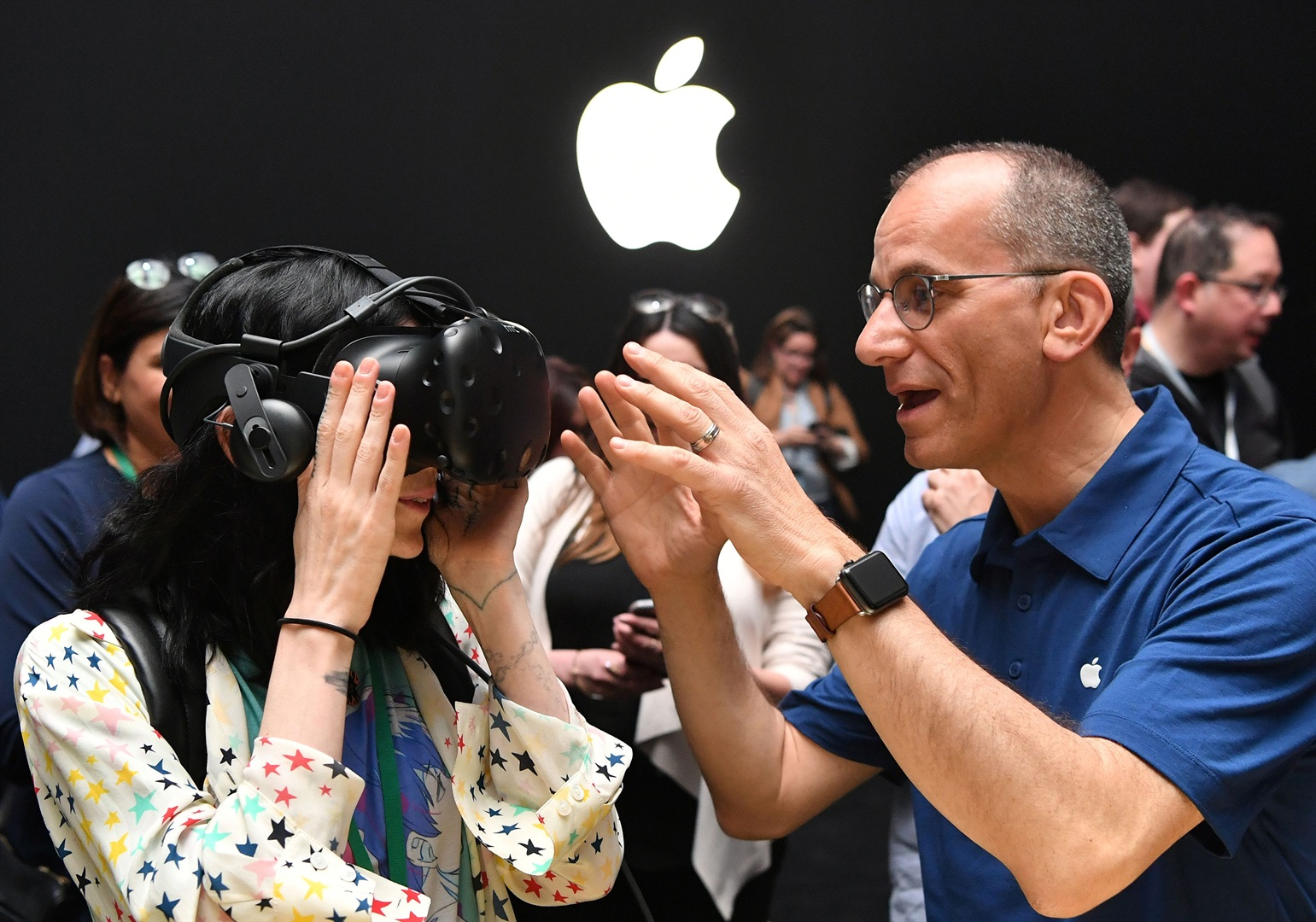 Apple acquires virtual reality tech startup
