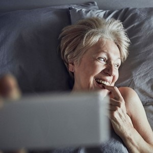 Could testosterone boost older women's sex drive?