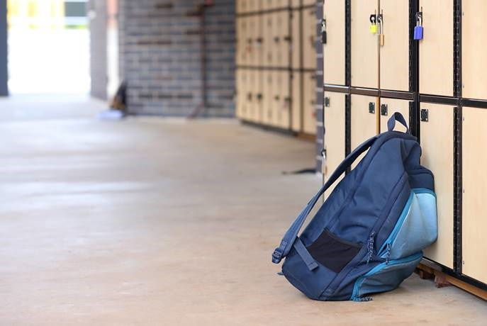Kids aged 10 years to 16 years are carrying bags that weight 5kg to 6kg - or more.