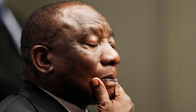 News24.com | Ramaphosa vs Mkhwebane: PP dring daarop aan dat Bosasa se verslag bo-aan boord is omdat president 'onwettige' aktiwiteit vlag