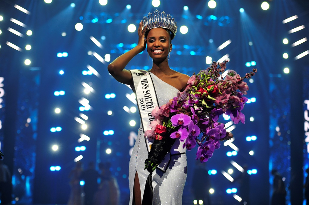 25-year-old Zozibini Tunzi from Tsolo a small town in the Eastern Cape has been crowned Miss South Africa 2019 at Time Square in Pretoria. Picture: Rosetta Msimango/City Press