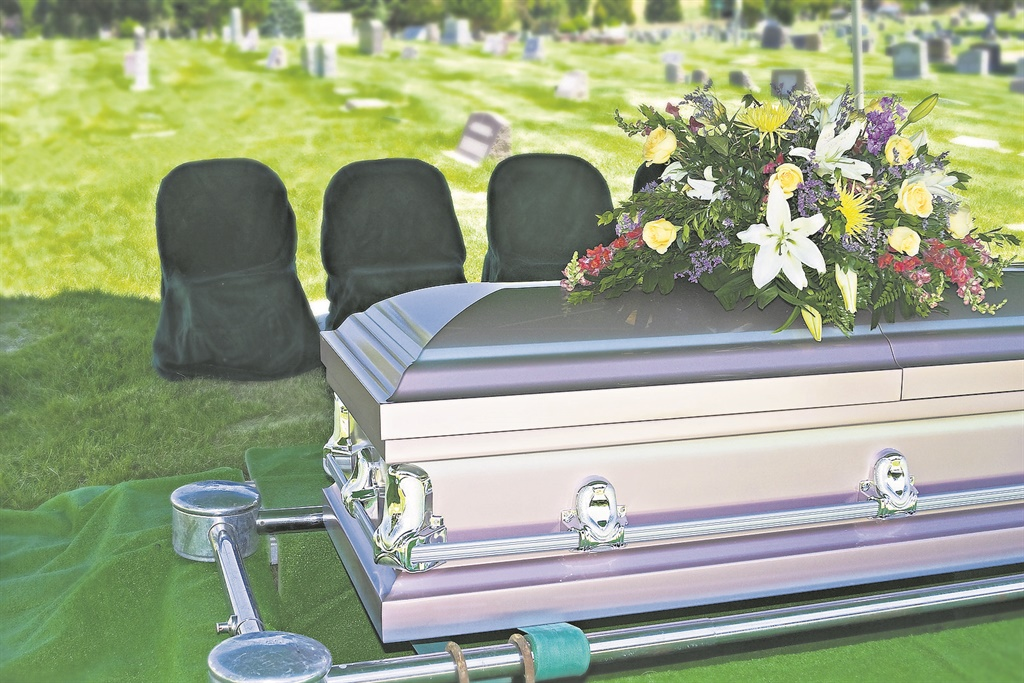 Another Eastern Cape family has buried a stranger following a mix-up.