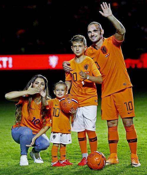 (L-R), Yolanthe , Xess Xava Sneijder, Wesley Sneij