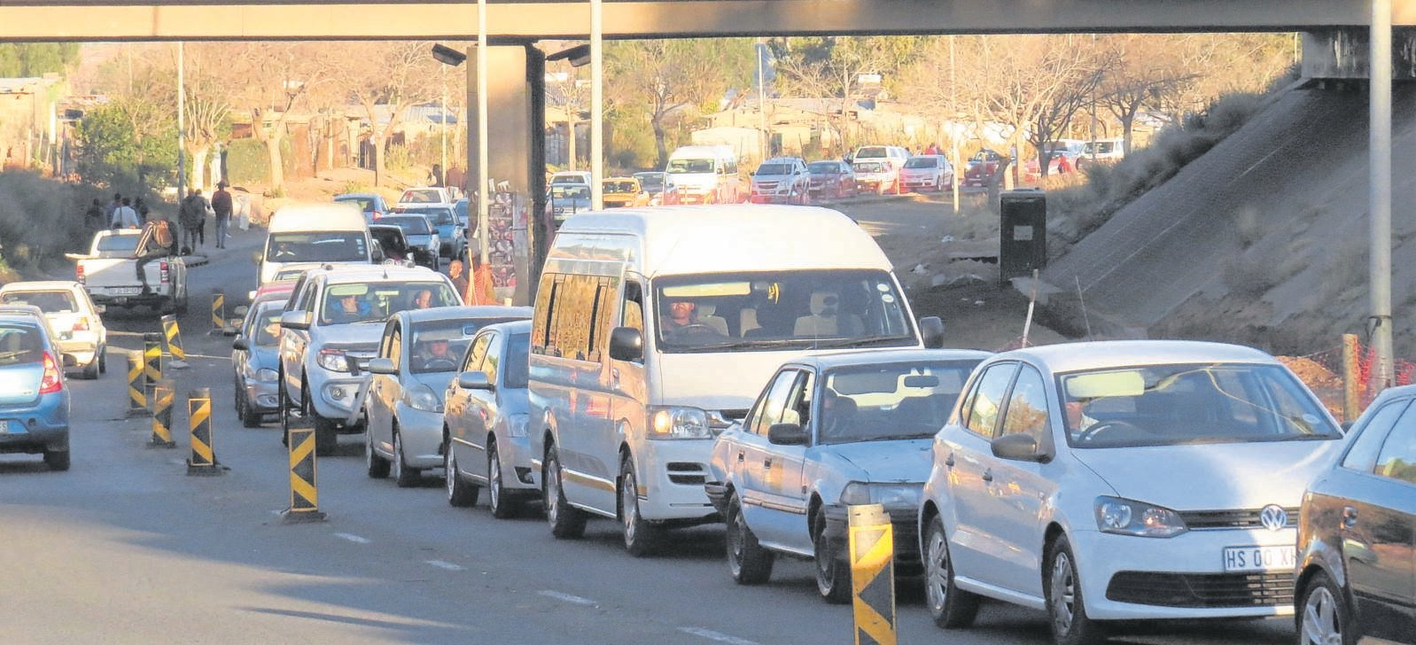 Due to road construction, traffic jams are a regular sight in Fort Hare Road in Bloemfontein. Photos: Teboho Setena