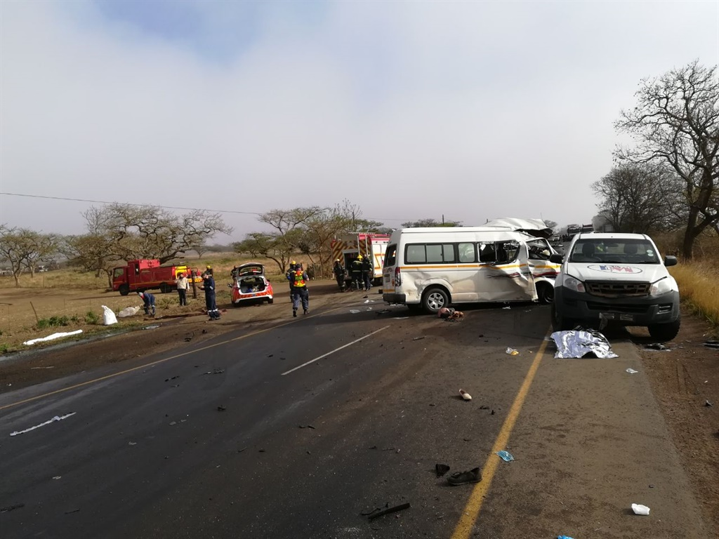 UPDATE | Truck driver who fled deadly crash scene in KZN sought by police - News24