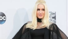 What was Gwen Stefani wearing?! Find out who wore what at the AMAs