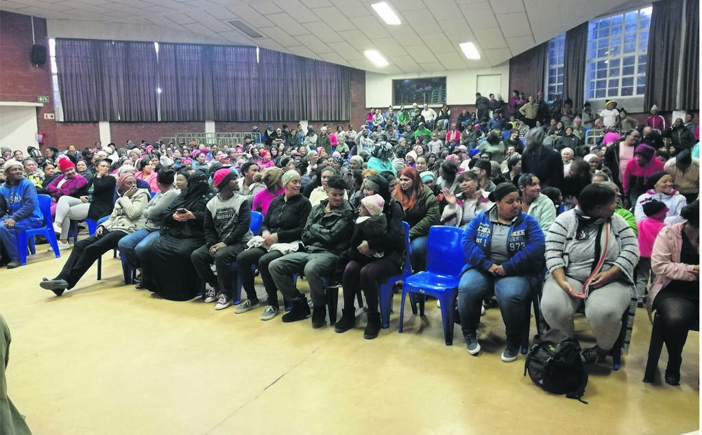Hundreds of Ocean View backyarders meet at Ocean View Secondary School to discuss the way forward, following the chaotic protests on Thursday 8 August.PHOTO: Racine Edwardes