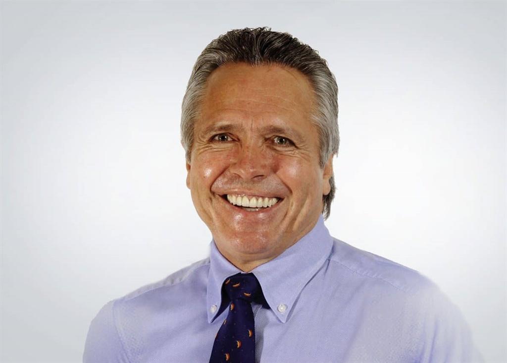 Gavin Watson, uitvoerende hoof van die dienste