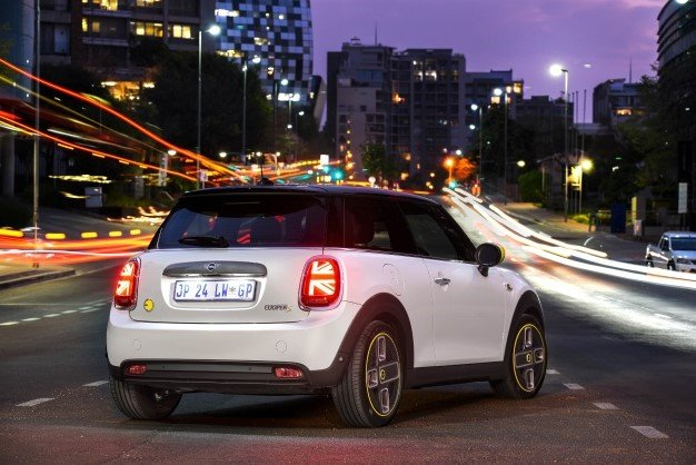 Mini Cooper SE. Image: BMW Press