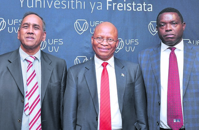 Chief Justice Mogoeng Mogoeng delivered the lecture in the University of the Free State's (UFS) annual Prestige Lecture Series on 30 August. From the left are Prof. Prakash Naidoo (vice-rector for operations of the UFS), Chief Justice Mogoeng and Prof. John Mubangizi (dean for the Faculty of Law of the UFS). Photo: Supplied