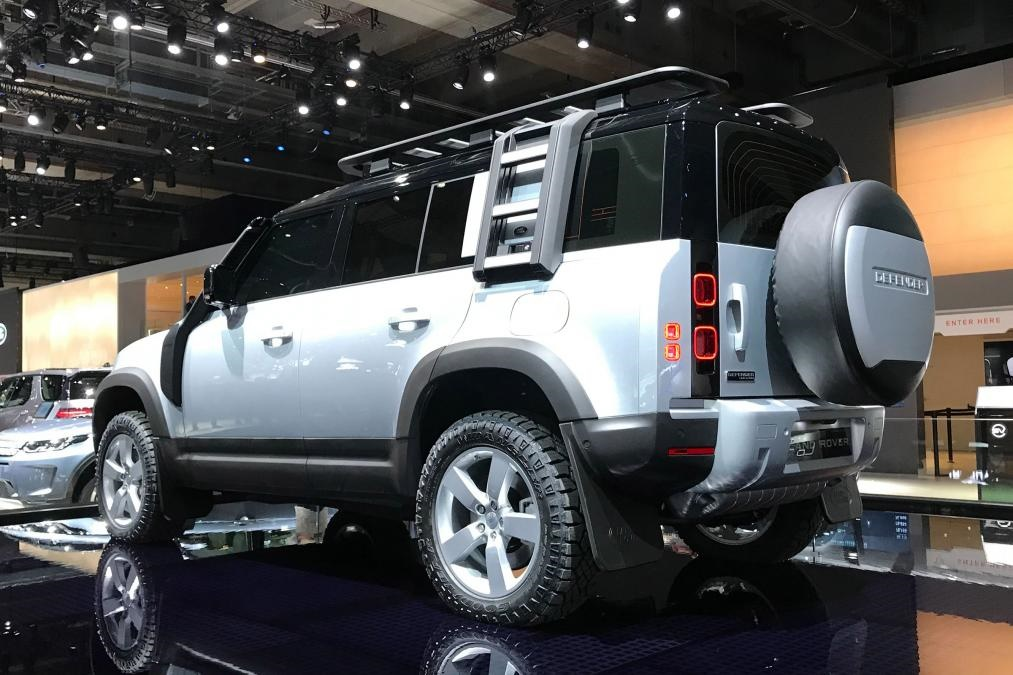 New 2020 Land Rover Defender.