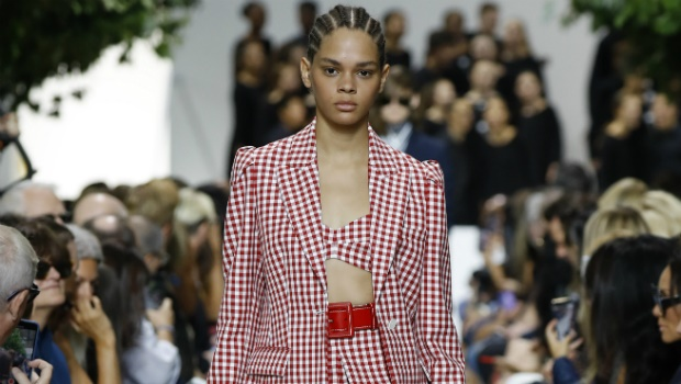 Figure belts are back thanks to New York Fashion W