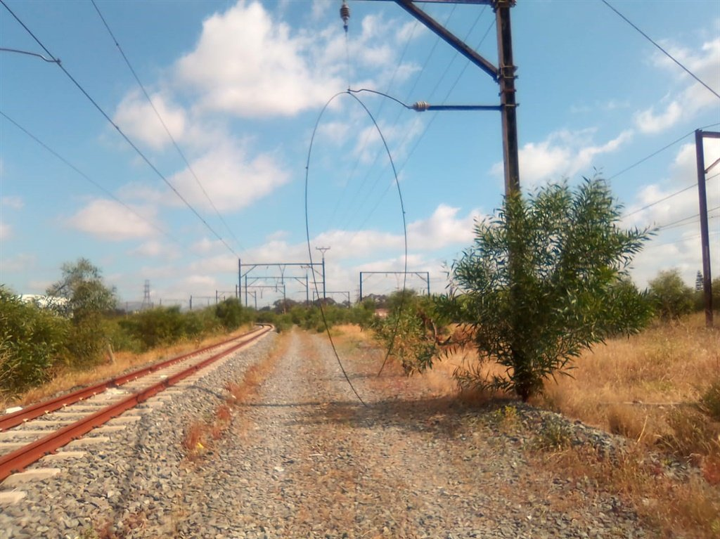 A portion of the railway line where overhead cables were stolen in October 2019 (Supplied)