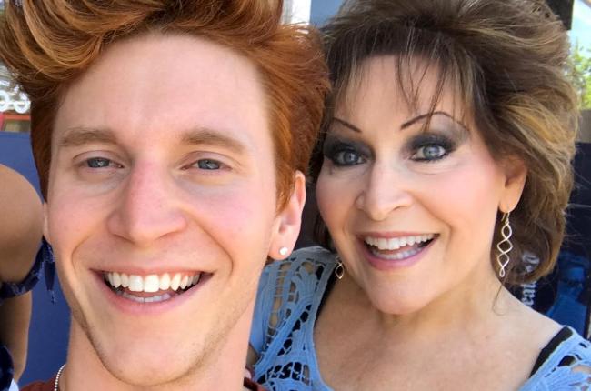 Peet and his mom, Vicki (Photo: Instagram)