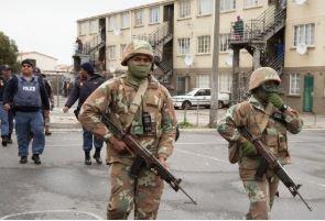 News24.com | Die weermag het geen invloed gehad op die vermindering van gangsterisme nie, sê die aanklaer in die moordsaak op die Kaapse Vlakte om geen borgtog te vra nie