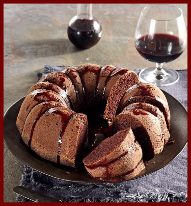 Red wine cake with a glass of Shiraz