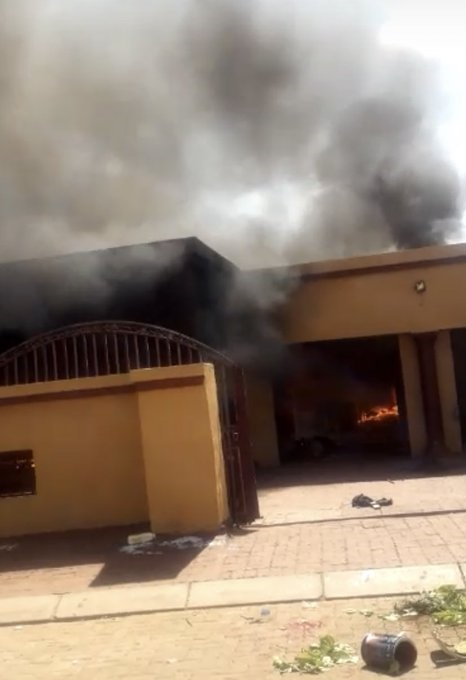 7 ANC councillors' houses torched in violent North West protest | City Press