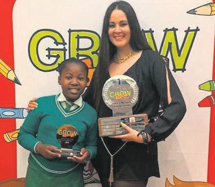 A learner from CW Hendrickse Primary School in Uitenhage, Linathi Nyiki, was crowned the literacy champion in East London for winning the Growsmart story writing competition in the Eastern Cape. The programme is designed to develop the use of English in communities that are not predominantly English speaking. Linathi won educational items to the value of R20 000 and was offered an opportunity to have her story included in a book that is a compilation of stories written by the top 20 learners in the competition. Here is Linathi with her mentor, Tarlynne Murphy.