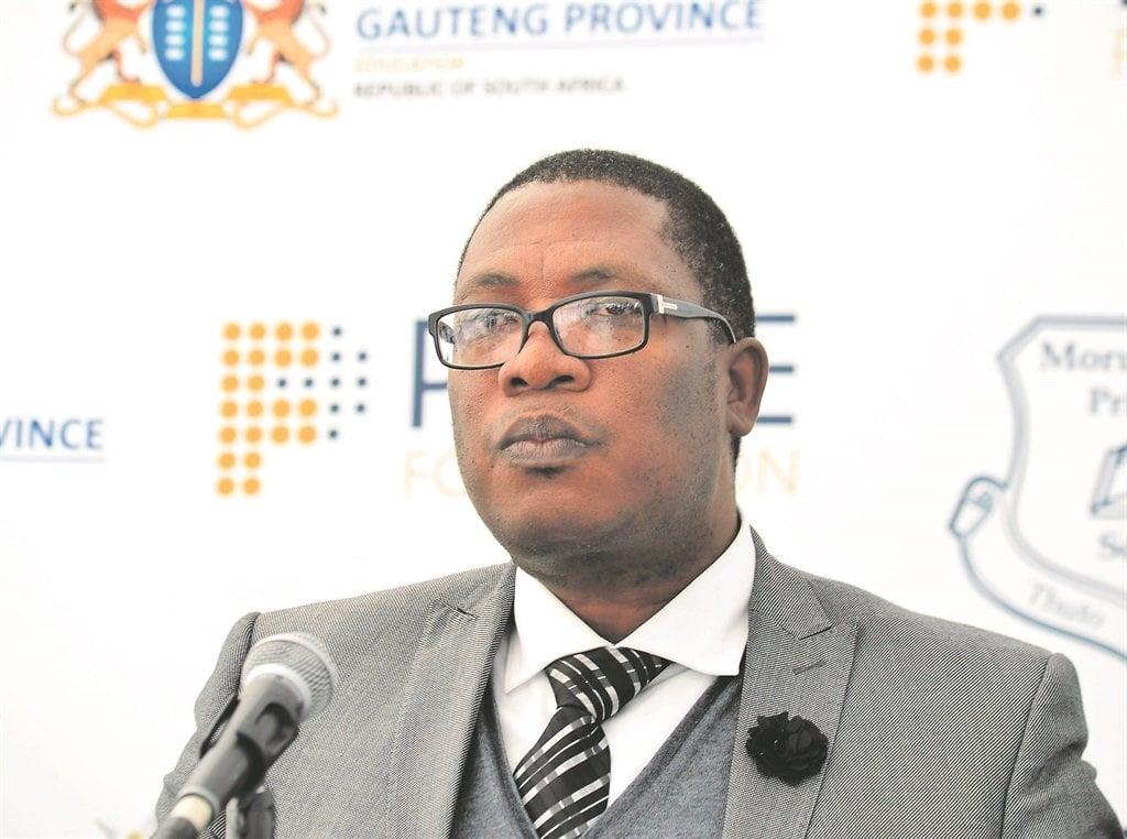 News24.com | Douglas Gibson: Lesufi moet die Grondwet van Suid-Afrika lees