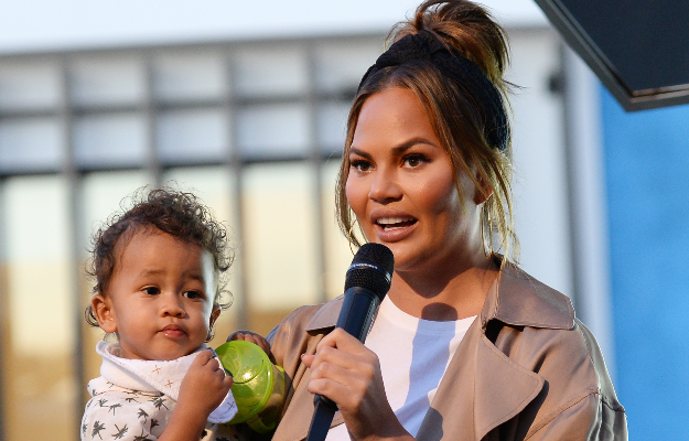 Chrissy Teigen and son Miles (Photo: Getty/Gallo I