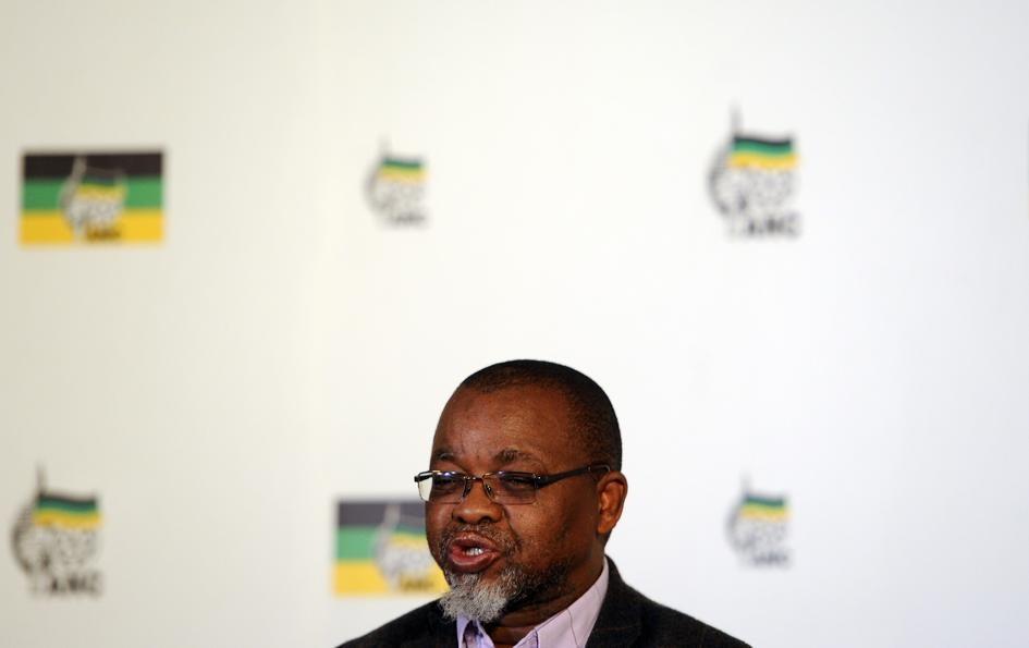 News24.com | ANALYSIS: No accountability as Mantashe, Presidency dodge bribery statements