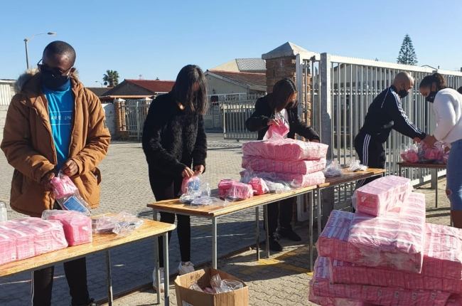 The Pad Run in operation in Cape Town helping young women and girls get access to sanitaryware and information about menstrual health.