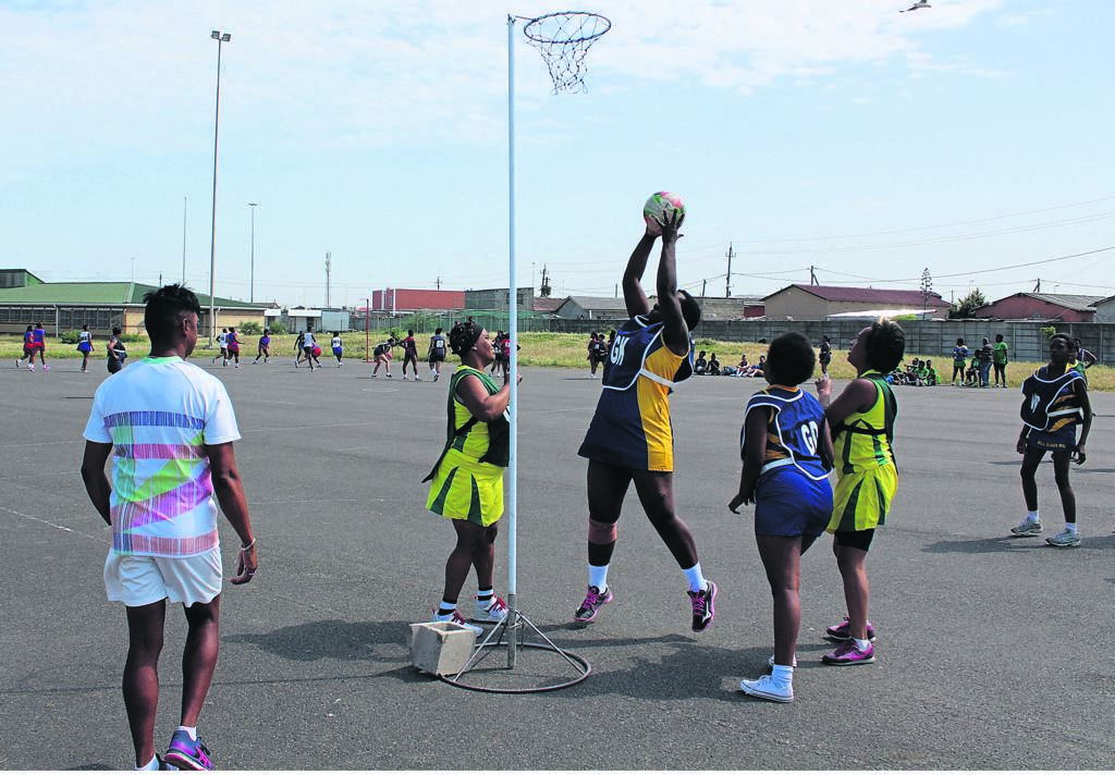 All Stars Netball Club won the game against Sunrise Netball Club by 13 goals to 12.