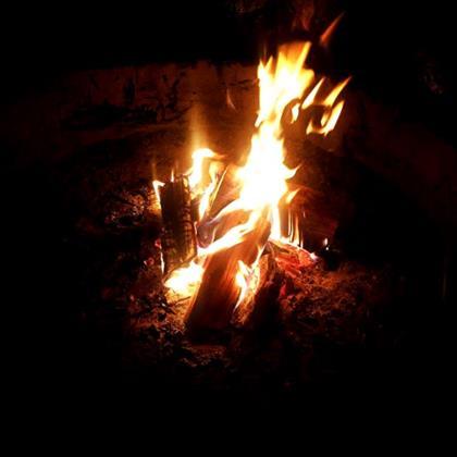 camping braai fire