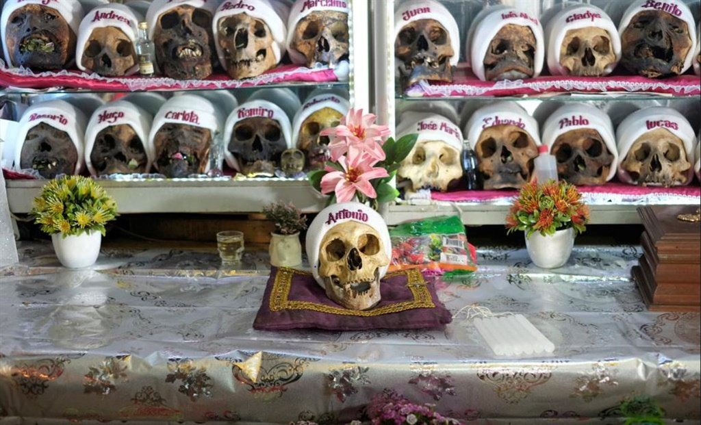 Natitas, skulls of the dead, who people asking for blessings, health and protection are seen before the Dia de las Natitas (Day of the Skulls) celebrations, in La Paz, Bolivia November 7, 2020. ( Photo: David Mercado/ Bolivia)