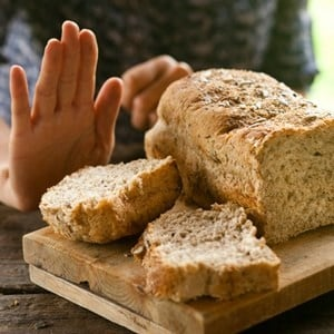 Common cooking activities in coeliac households do not involve a high risk of gluten exposure.