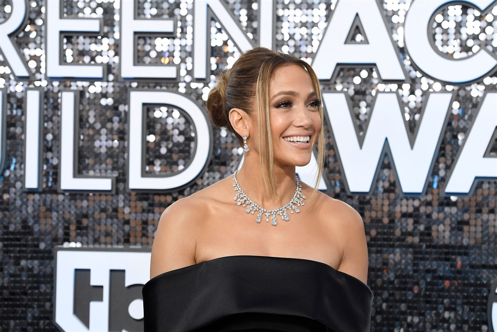 Jennifer Lopez attends the 26th Annual Screen ActorsGuild Awards at The Shrine Auditorium on January 19, 2020 in Los Angeles, California. Photo by Frazer Harrison/Getty Images