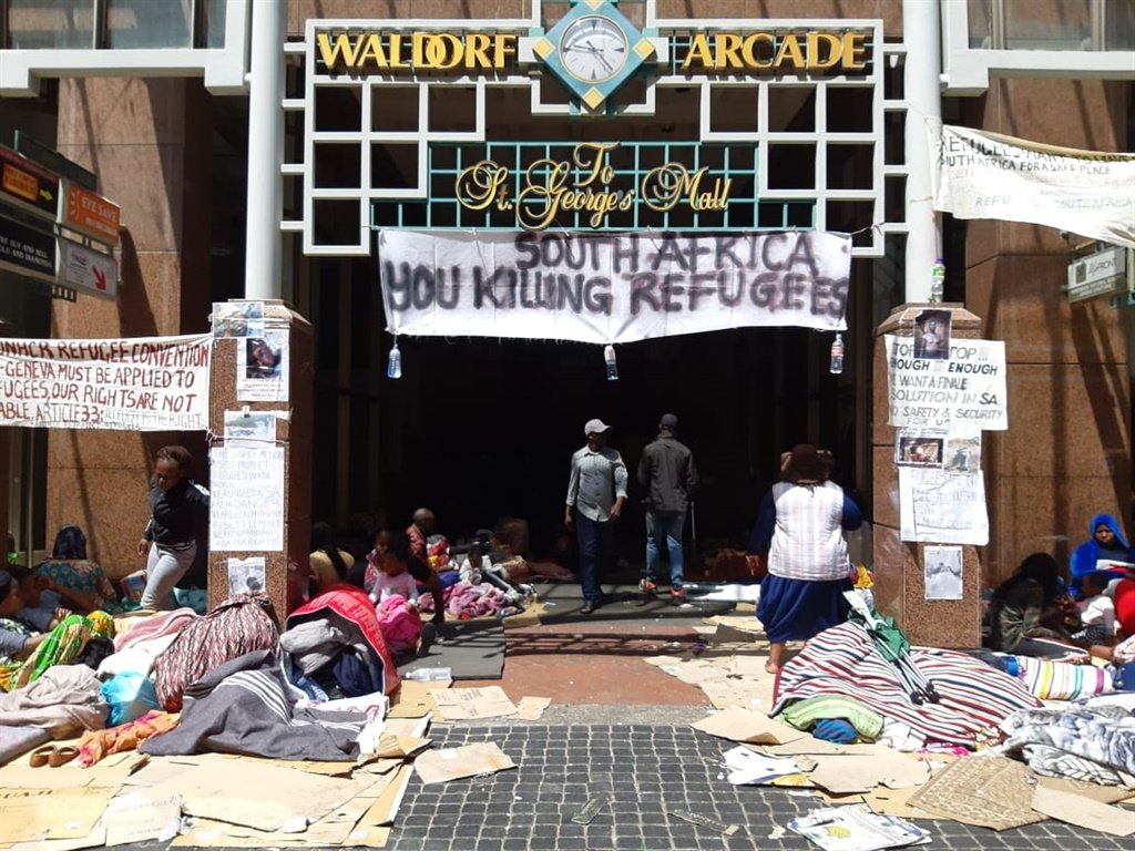 People camped at Waldorf Arcade demanding they be evacuated from South Africa for their safety (Jenni Evans, News24)