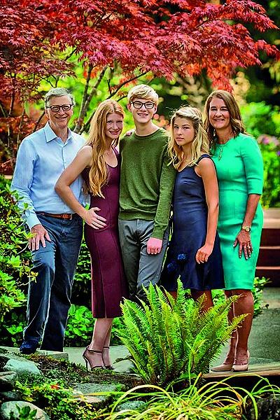 Die Gates-gesin. Van links is Bill, Jennifer, Rory