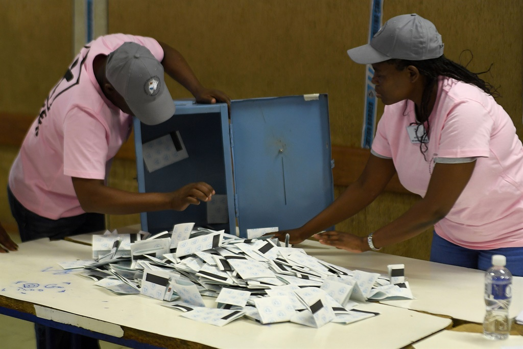 News24.com | Botswana awaits results in cliffhanger election