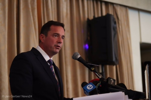 News24.com | AS IT HAPPENED | Steenhuisen throws his hat in the ring for new DA party leader