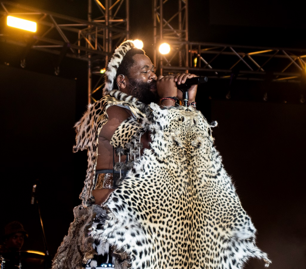 An Intimate Show With One Man Sjava And His Wife Citypress