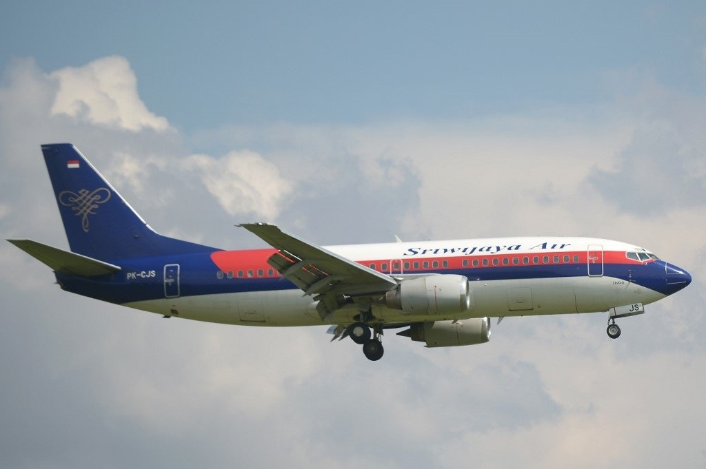 Indonesian Sriwijaya Air 737-500 goes missing after taking off from Jakarta