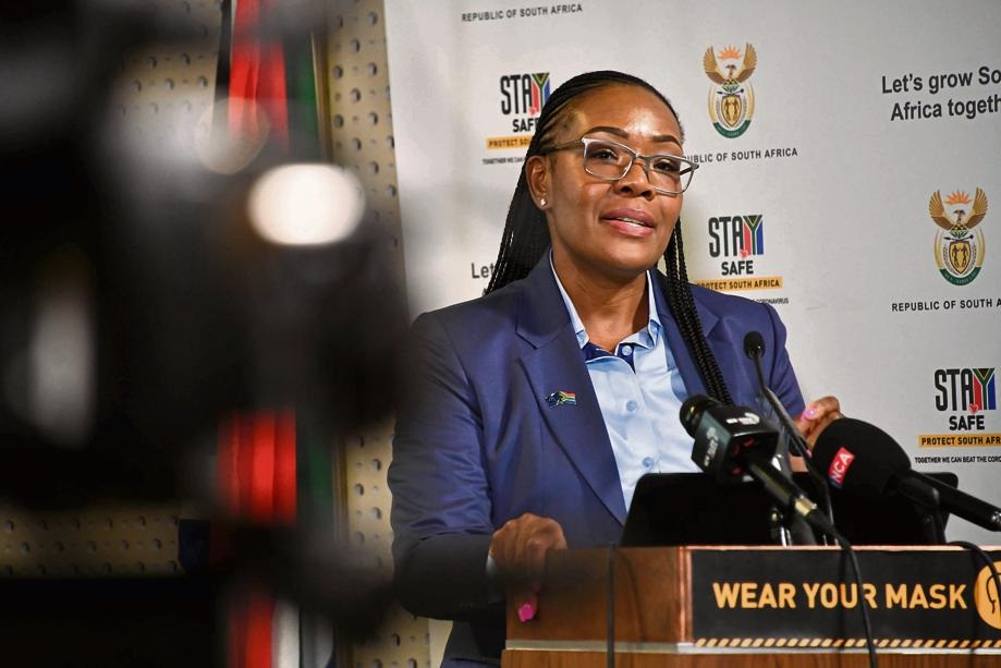 Auditor-General Tsakani Maluleke addressing members of the media at a briefing on the second Covid-19 report held at Tshedimosetso House, in Pretoria yesterday.