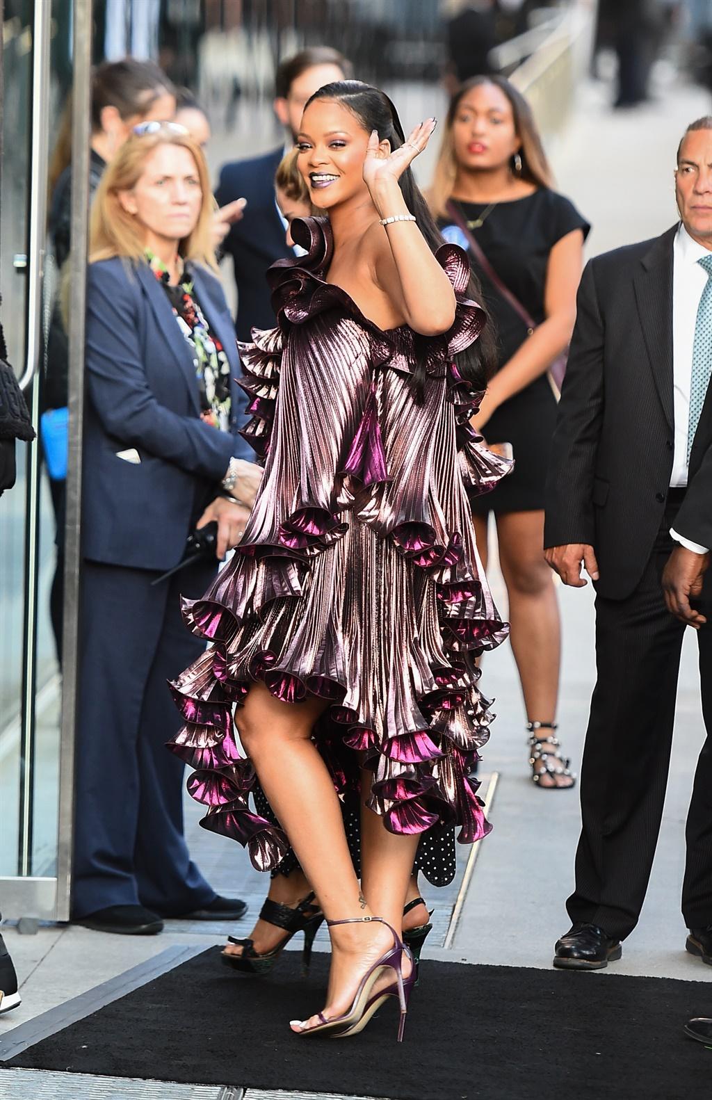 NEW YORK, NY - JUNE 05: Singer Rihanna is seen in