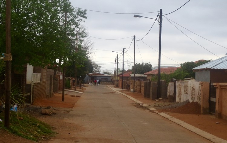A street in Mushongo-Ville, Musina, where the neighbourhood watch under Mahosi Protection Services patrols. (Bernard Chiguvare, GroundUp)