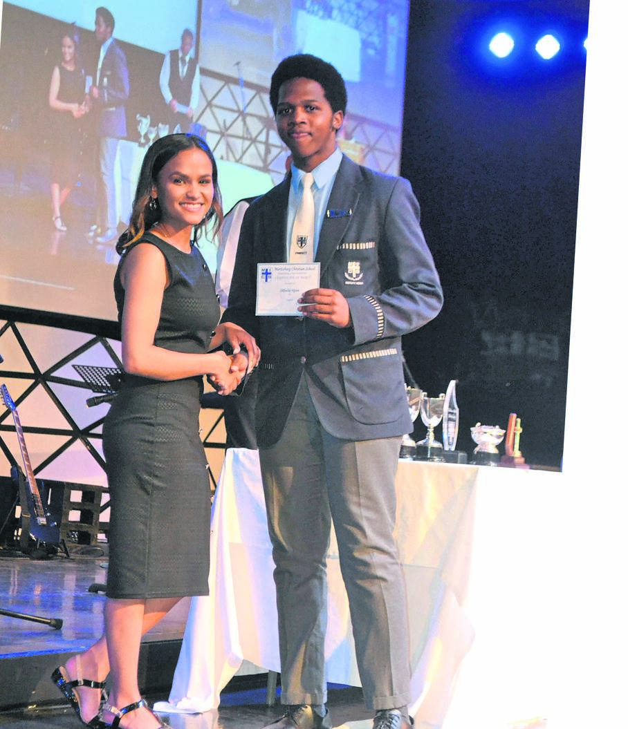 Maritzburg Christian School DUX Proxime 2019 Sikhulile­ Nguse with guest speaker Simone Van Niekerk.PHOTO: supplied