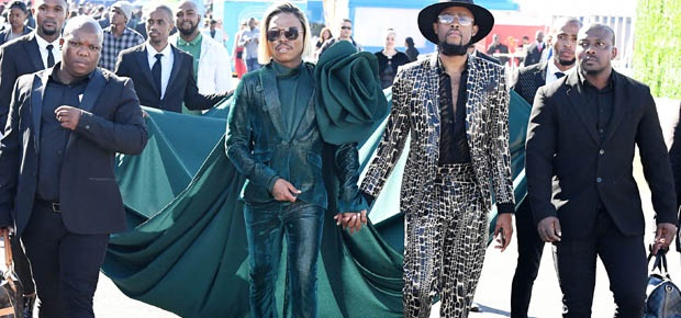 Get your outfits ready, the theme for the 2020 Durban July has been annoucned - Channel 24