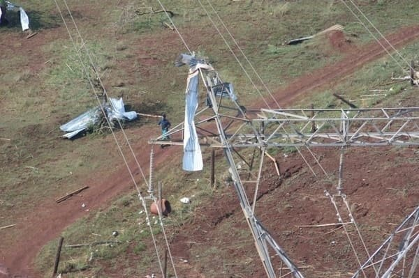News24.com | KZN tornado: Eskom fixing network after fatal storm leaves 15 000 without power