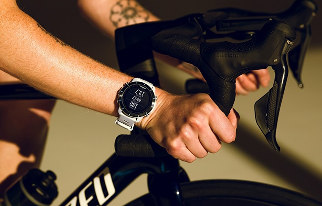 The Wahoo Elemnt Rival is priced at R8999 in South