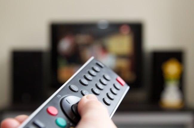 SABC2 cuts 7de Laan and Muvhango to just 3 episodes per week.