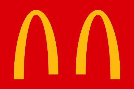 McDonalds has all temporarily tweaked their logos to bring awareness to social distancing (Photo: Facebook/McDonald's Brasil)