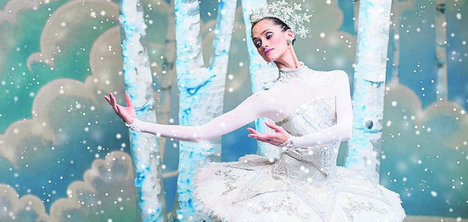 Tanya Howard performed as first soloist ballerina in the role of Snow Queen at the opening scene of 'The Nutcracker' in Toronto, Canada.Photo:KARONLINA KURAS