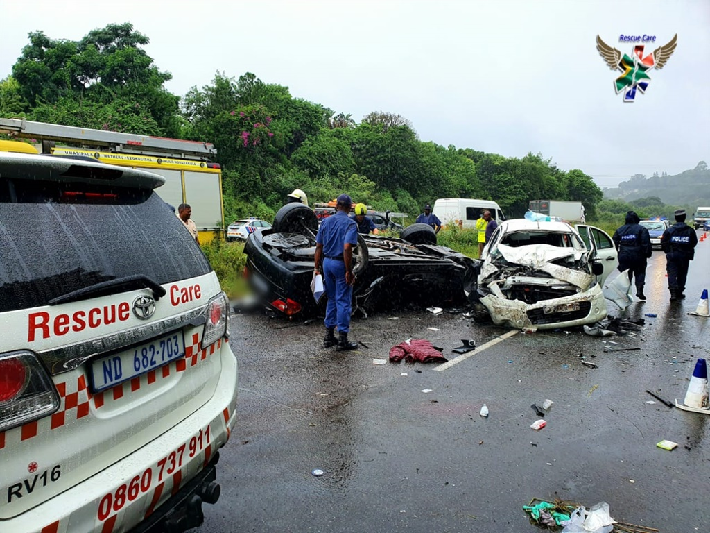 The scene of a head-on collision on the M7 near Pinetown.