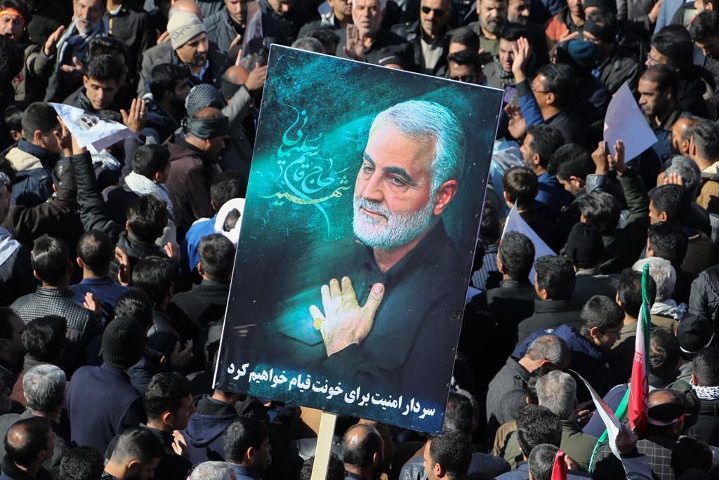 Iranian mourners gather during the final stage of funeral processions for slain top general Qasem Soleimani. (Atta Kenare, AFP)