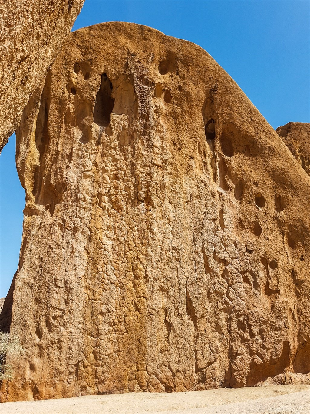 herero chat wall rock formation